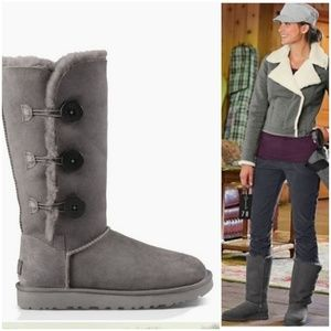 UGG | Gray Bailey Three Button Shearling Boot